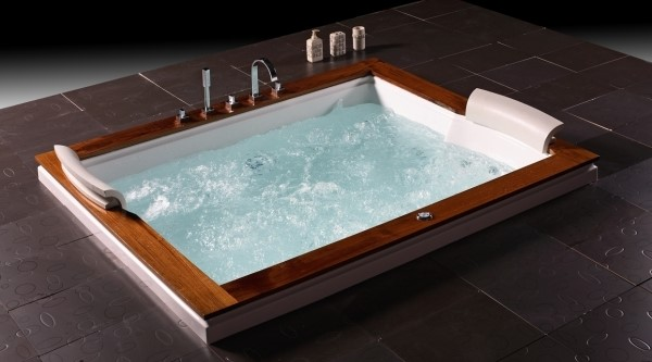 luxus whirlwanne whirlpool badewanne von wellgems u262a. Black Bedroom Furniture Sets. Home Design Ideas